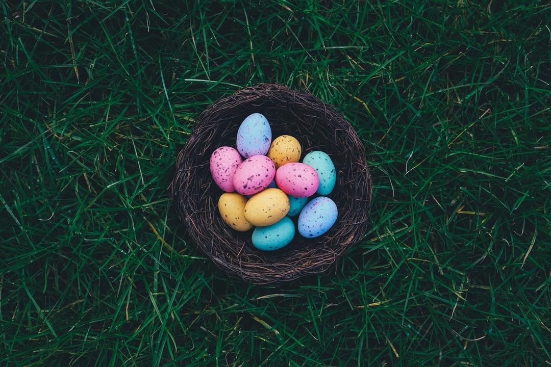 Natura & Easter Pairings