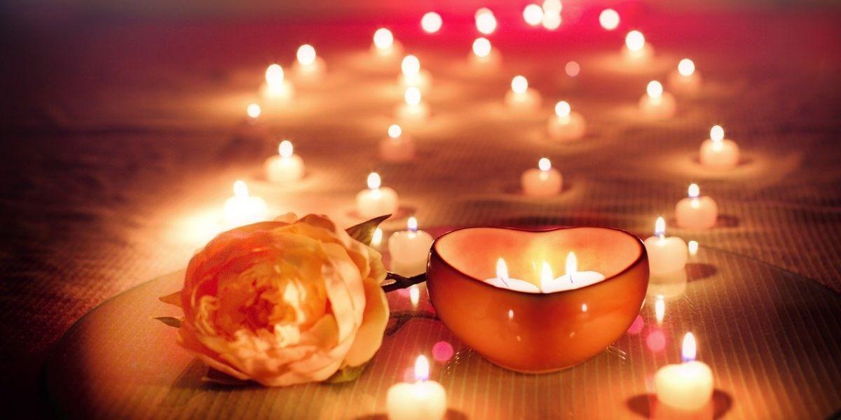 romantic candles display