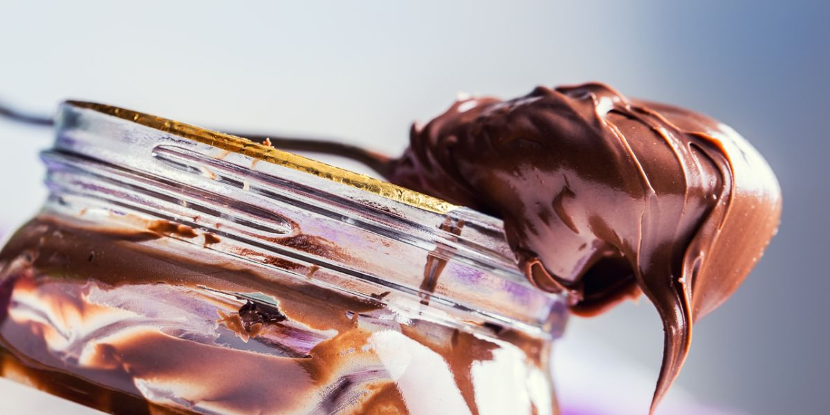 Chocolate spread in spoon